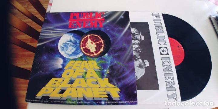 PUBLIC ENEMY-LP FEAR OF A BLACK PLANET-ENCARTE LETRAS-BUEN ESTADO (Música - Discos - LP Vinilo - Rap / Hip Hop)