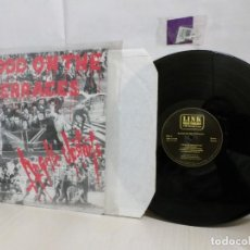 Discos de vinilo: BLOOD ON THE TERRACES--LINK RECORDS AND MUSIC LTD--1987--MADE IN ENGLAND-. Lote 261547345