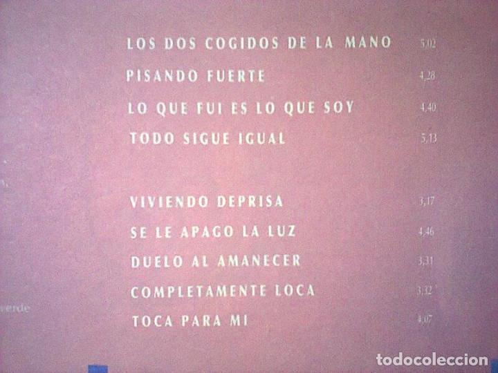 Discos de vinilo: ALEJANDRO SANZ VIVIENDO DE PRISA LP 1991 IMPORTADO CON ENCARTE Y SIN CODIGOS DE BARRAS - Foto 3 - 261649815