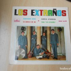 Discos de vinilo: EXTRAÑOS, LOS, EP, SE BURLÓ DE MÍ + 3, AÑO 1964. Lote 261894395