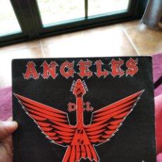 Discos de vinil: SINGLE ÁNGELES DEL INFIERNO UNIDOS POR EL ROCK EX/NM. Lote 262032820