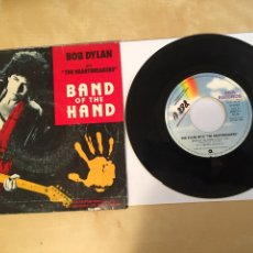 "Discos de vinilo: BON DYLAN AND THE HEARTBREAKERS - BAND OF THE HAND - PROMO SINGLE 7"" - 1986 SPAIN. Lote 262139200"