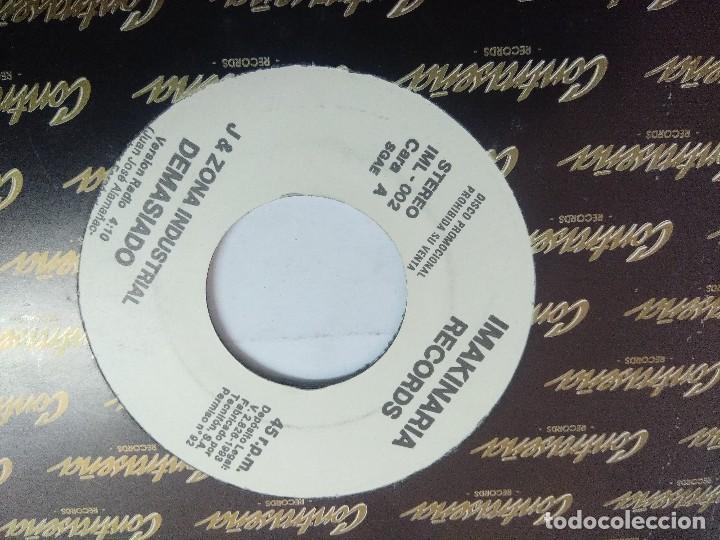 Discos de vinilo: J & ZONA INDUSTRIAL/DEMASIADO/SINGLE PROMOCIONAL. - Foto 2 - 262206695