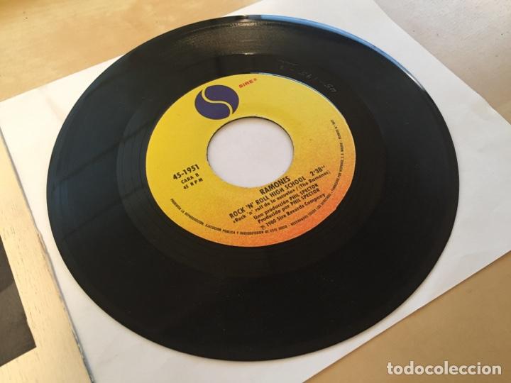 """Discos de vinilo: Ramones - Baby I Love You - SINGLE 7"""" - 1980 SPAIN - Foto 4 - 262208150"""