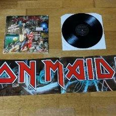 Discos de vinilo: IRON MAIDEN - BRING YOUR DAUGHTER - MAXI SINGLE CON POSTER CALENDARIO - PRINTED IN UK 1990. Lote 262559805