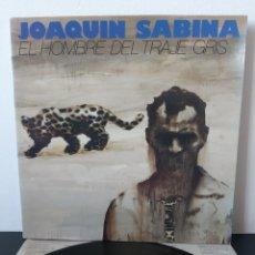 Discos de vinilo: JOAQUIN SABINA. EL HOMBRE DEL TRAJE GRIS. ARIOLA. 1988. 1ERA EDICION!. Lote 262707490