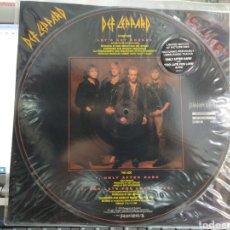 Discos de vinilo: DEF LEPPARD MAXI PICTURE DISC LET'S GET ROCKED + 2 1992. Lote 262764395