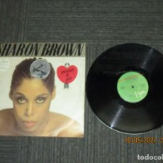 Discos de vinilo: SHARON BROWN - I SPECIALIZE IN LOVE - MAXI - UK - VIRGIN - REF VS 494-12 - LV -. Lote 262803875