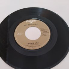 Discos de vinilo: NAT KING COLE,MONA LISA,SINGLE. Lote 262936685