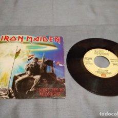 Discos de vinilo: IRON MAIDEN 2 MINUTES TO MIDNIGHT (SINGLE VINILO AÑO 1984 CON DOS TEMAS) EMI EDICIÓN ESPAÑOLA. Lote 263116280