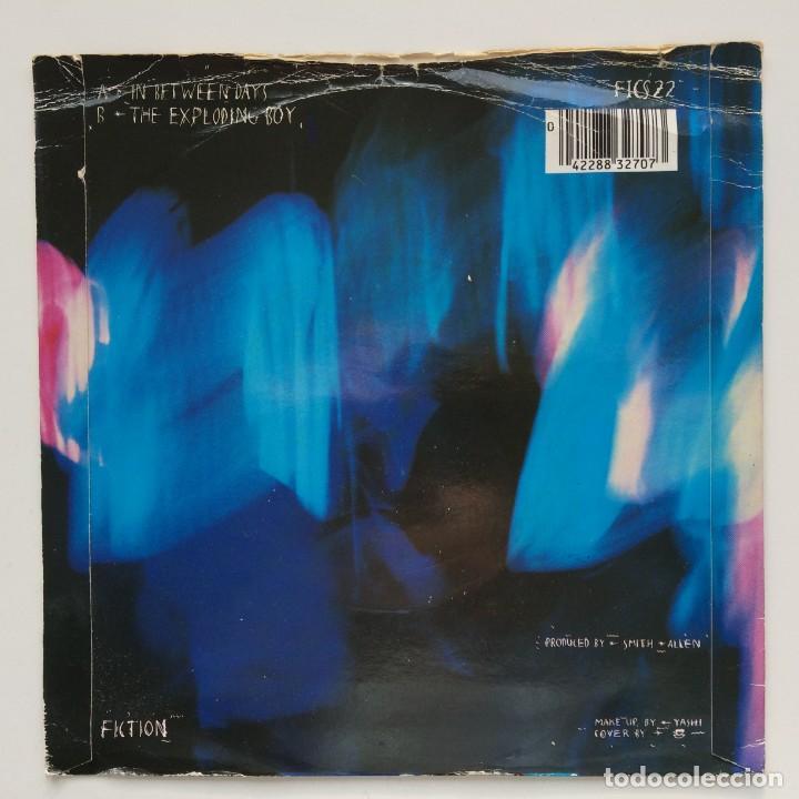 Discos de vinilo: The Cure – In Between Days / The Exploding Boy UK,1985 Fiction - Foto 2 - 263239790