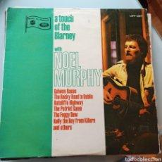 Discos de vinilo: NOEL MURPHY - A TOUCH OF THE BLARNEY (MUSIC FOR PLEASURE, UK, 1969). Lote 263615160