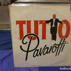 Discos de vinilo: DOBLE LP TUTTO PAVAROTTI PORTADA FEOTA Y ALGO MANCHADA SEÑALES MUY MENORES USO EN LP. Lote 263678550