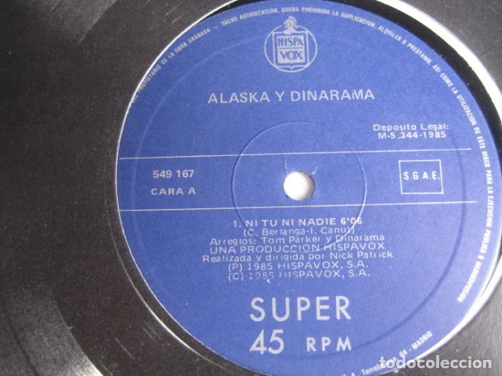 Discos de vinilo: ALASKA Y DINARAMA - MAXI SINGLE HISPAVOX 1985 - NI TU NI NADIE/ JAIME Y LAURA - PORTADA PROMO - - Foto 2 - 263733605