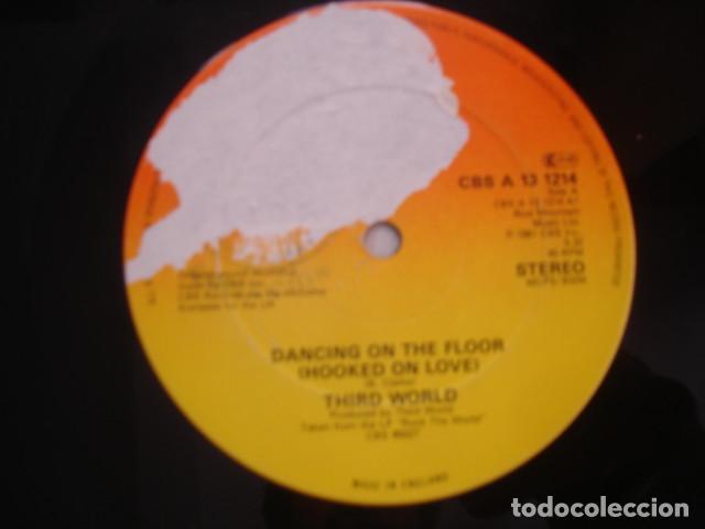 THIRD WORLD  DANCING ON THE FLOOR (HOOKED ON LOVE) (Música - Discos de Vinilo - Maxi Singles - Reggae - Ska)