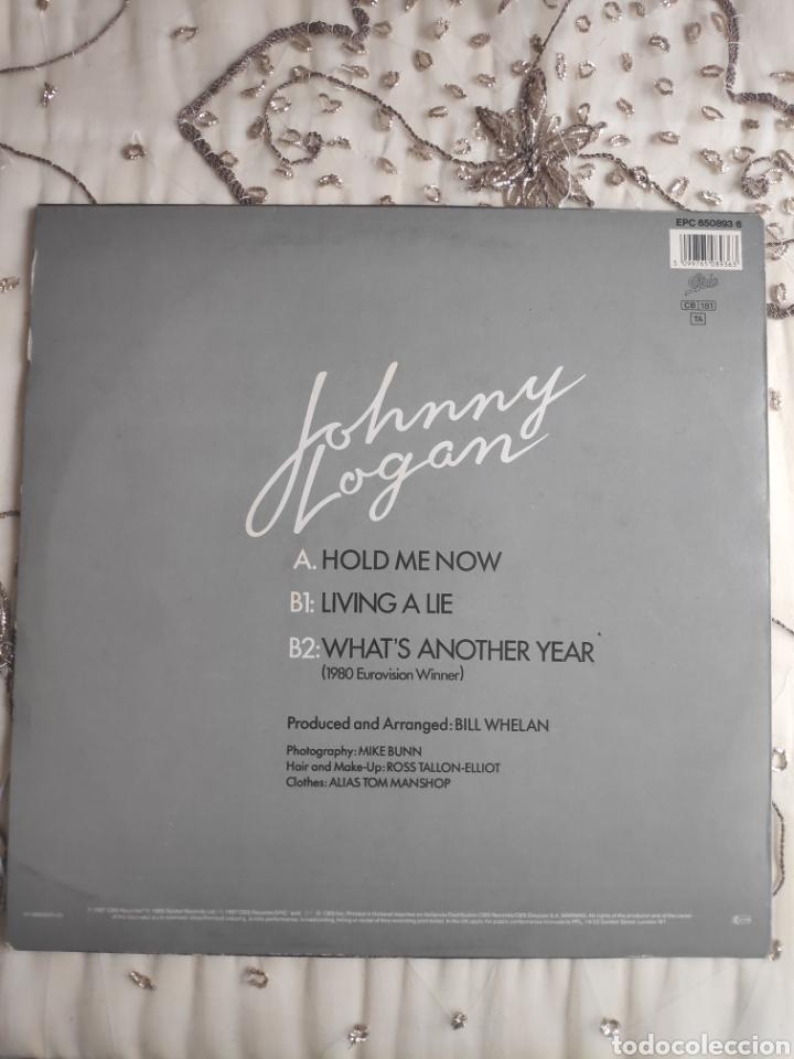 VINILO MAXISINGLE - 12 - EUROVISION - JOHNNY LOGAN - HOLD ME NOW + WHAT'S ANOTHER YEAR (Música - Discos de Vinilo - Maxi Singles - Festival de Eurovisión)