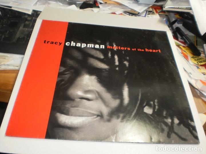 LP TRACY CHAPMAN. MATTERS OF THE HEART. ELEKTRA 1992 GERMANY FUNDA FOTO Y LETRAS (PROBADO, SEMINUEVO (Música - Discos - LP Vinilo - Pop - Rock Internacional de los 90 a la actualidad)