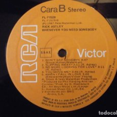 """Disques de vinyle: DISCO LP RICK ASTLEY """"WENEVER YOU NEED SOMEBODY """" . RCA 1987 ( SIN CARATULA ). Lote 264961494"""