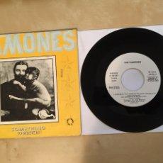 "Discos de vinil: THE RAMONES - SOMETHING TO BELIEVE IN - PROMO SINGLE 7"" - SPAIN 1986. Lote 265169669"