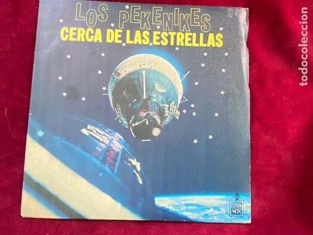 LOS PEKENIKES 2 VINILOS SINGLE DE 1966 Y 1968 EN BUEN ESTADO, VER FOTOS.(3,33 ENVÍO CERTIFICADO) (Música - Discos - Singles Vinilo - Grupos Españoles 50 y 60)
