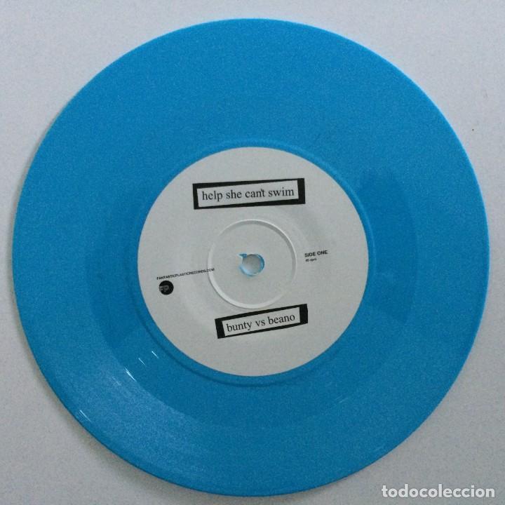 Discos de vinilo: Help She Cant Swim – Bunty Vs Beano / Yr Still Laughing UK,2004 - Foto 3 - 265827704