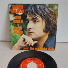 Discos de vinilo: NINO BRAVO / UN BESO Y UNA FLOR / SINGLE - POLYDOR-1972 / VINILO IMPECABLE. ***/****. Lote 266089688