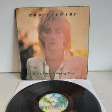 Discos de vinilo: ROD STEWART / FOOT LOOSE 'N' FANCY FREE / LP - WARNER BROS-1977 / MBC. ***/***. Lote 266145958