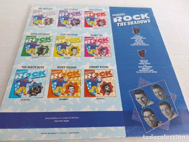 Discos de vinilo: THE SHADOWS / PIONEROS DEL ROCK / LP-PROMO - EMI-1989 / MBC. ***/*** - Foto 2 - 266207848