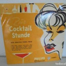 Discos de vinilo: COCKTAIL STUNDE. Nº 2. DAS WALTER PONS - TRIO. DEDICADO POR W. PONS A LOPEZ BRAVO. VINILO.. Lote 266586243