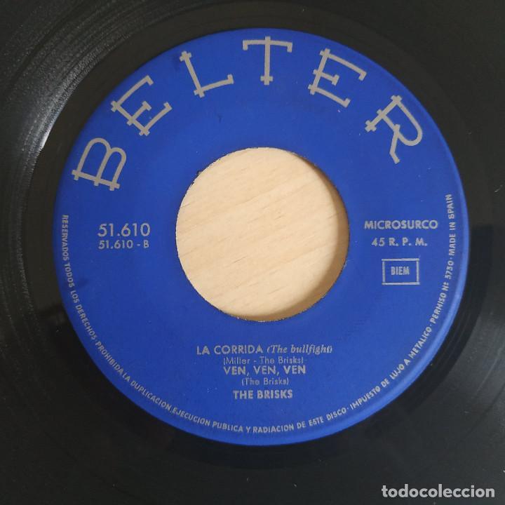Discos de vinilo: THE BRISKS - LA CORRIDA / ACCION / VEN, VEN, VEN / SI MAÑANA SERA ASI - EP BELTER DEL AÑO 1965 - Foto 3 - 266764938