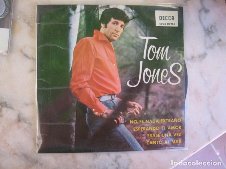 Discos de vinilo: Lote de 30 discos de vinilo pequeños diferentes epocas y cantantes ver fotos - Foto 26 - 266807189