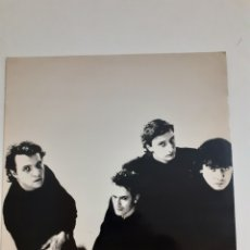 Discos de vinilo: HOMBRES G. VOY A PASARMELO BIEN.1989. 4T-0530-E. DISCO Y CARÁTULA VG+.. Lote 267196654