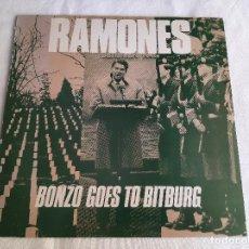 """Discos de vinilo: RAMONES -BONZO GOES TO BITBURG- (1985) MAXI-SINGLE 12"""". Lote 267410589"""
