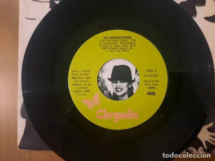 Discos de vinilo: THE BODYSNATCHERS - LETS DO ROCK STEADY - SINGLE SPAIN SKA 1980 PORTADA UNICA RARO - Foto 3 - 267417859