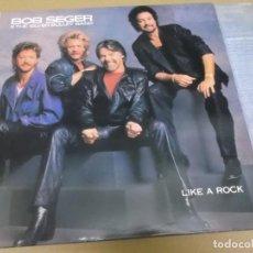 Discos de vinilo: BOB SEGER & THE SILVER BULLET BAND (LP) LIKE A ROCK AÑO 1986 – ENCARTE CON LETRAS. Lote 267466169