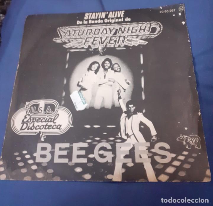 DISCO SINGLE DE BEEGEES DE LA BANDA SONORA DE LA PELICULA FIEBRE DEL SABADO NOCHE. ENVIO CERTIFICADO (Música - Discos de Vinilo - EPs - Bandas Sonoras y Actores)