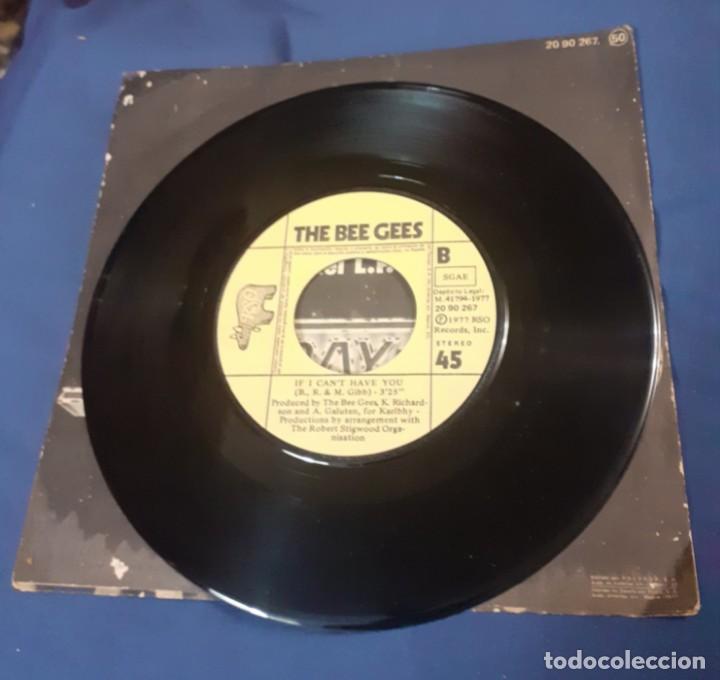 Discos de vinilo: disco single de BeeGees de la banda sonora de la pelicula Fiebre del Sabado noche. Envio certificado - Foto 2 - 267602814