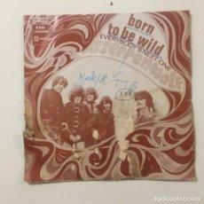 Discos de vinilo: STEPPENWOLF - BORN TO BE WILD . SINGLE . 1969 FRANCIA. Lote 267707729