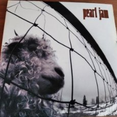 Disques de vinyle: PEARL JAM - VS **** RARO LP GATEFOLD ESPAÑOL 1993 GRUNGE BUEN ESTADO!. Lote 268884934