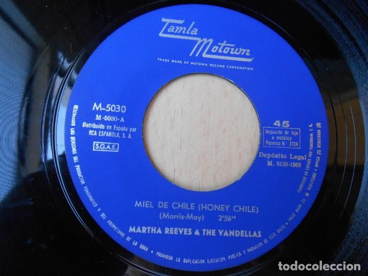 Discos de vinilo: MARTHA REEVES & THE VANDELLAS, SG, MIEL DE CHILE + 1, AÑO 1968 - Foto 3 - 268941674