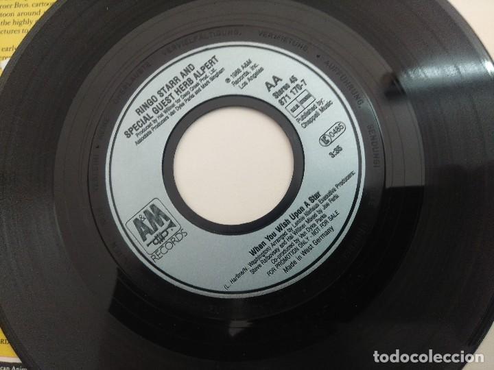 Discos de vinilo: SINGLE/MICKEY MOUSE MARCH/AARN NEVILLE-RINGO STAR. - Foto 3 - 269248588