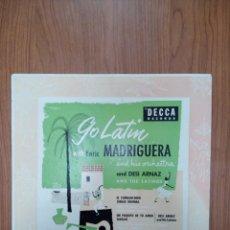 Discos de vinilo: CON LATÍN WITH ENRIC MADRIGUERA ANDA HIS ORCHESTRA. Lote 269363158