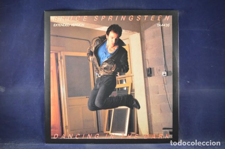 "Discos de vinilo: BRUCE SPRINGSTEEN - THE BORN IN THE U.S.A. 12"" SINGLE COLLECTION - 4 LP + SINGLE + PÓSTER - Foto 3 - 269368443"