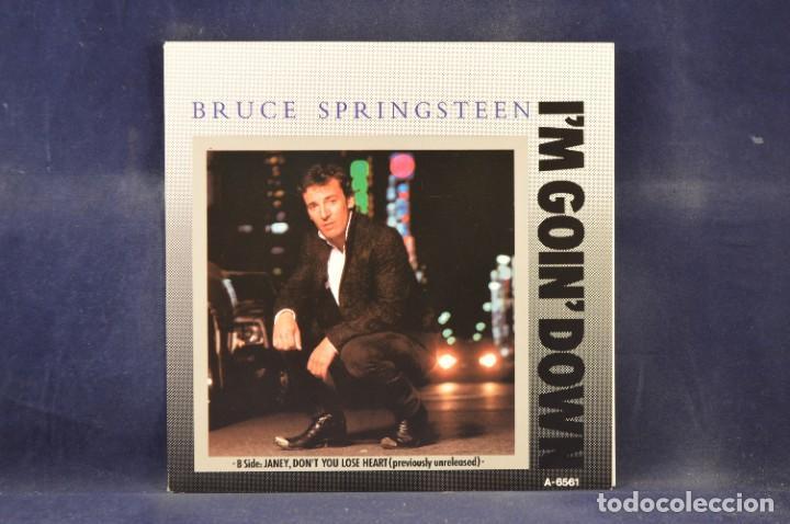 "Discos de vinilo: BRUCE SPRINGSTEEN - THE BORN IN THE U.S.A. 12"" SINGLE COLLECTION - 4 LP + SINGLE + PÓSTER - Foto 11 - 269368443"