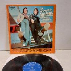 Discos de vinilo: LOS HERMANOS CALATRAVA CANTAN EN ESPAÑOL / LP - BELTER-1974 / MBC. ***/***. Lote 269458158