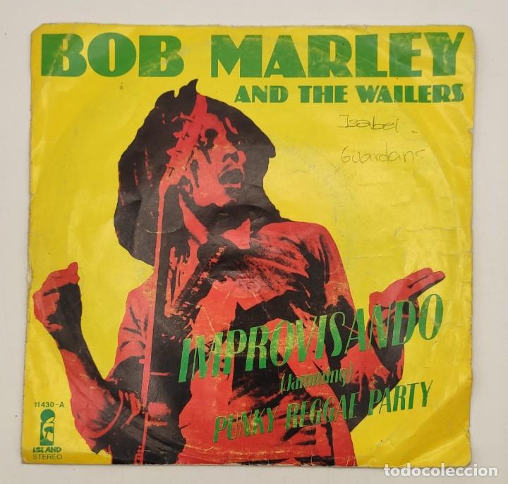 """Discos de vinilo: Vinilos de 7 pulgadas de Bob Marley que contienen """" improvisando"""", """"punky reggae party""""... - Foto 2 - 269649083"""