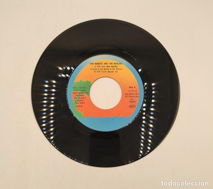 """Discos de vinilo: Vinilos de 7 pulgadas de Bob Marley que contienen """" improvisando"""", """"punky reggae party""""... - Foto 9 - 269649083"""