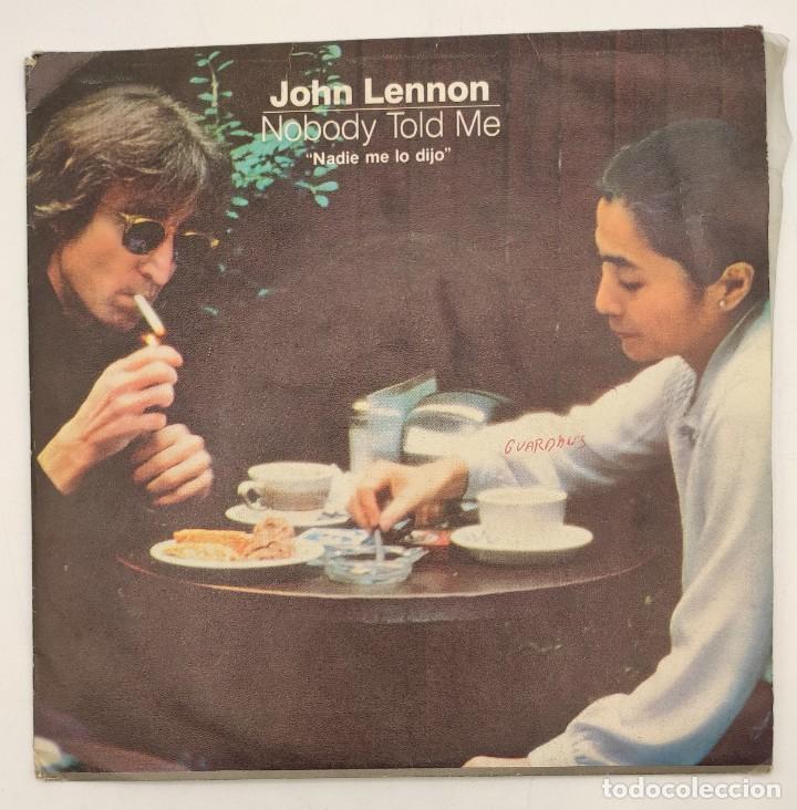 """Discos de vinilo: Vinilo de 7 pulgadas de John Lennon y Yoko Ono que contiene """"nobody told me"""" y """"osanity"""" ... - Foto 2 - 269649423"""
