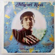 Discos de vinilo: DISCO SINGLE, MIGUEL RIO . EL RIO Y VUELVO A GRANADA, AÑO 1968, HISPAVOX. Lote 270119008