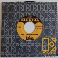 Discos de vinilo: LOVE SHE COMES IN COLORS / ORANGE SKIES 45 ORIGINAL US *PROMO* 1966 EX+ ELEKTRA ARTHUR LEE. Lote 270863868
